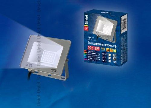 ULF-F15-10W-DW IP65 185-240В SILVER Прожектор светодиодный. Дневной свет 6500K. Корпус серебристый. TM Uniel.