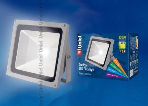 ULF-S01-50W-DW IP65 110-240В Прожектор светодиодный. Корпус серый. Цвет свечения дневной. Степень защиты IP65. Картонная упаковка