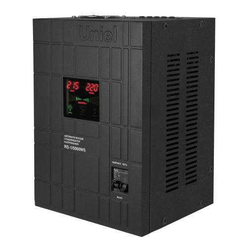 RS-1-5000WS Стабилизатор напряжения Uniel релейный однофазный настенный. с гальванической развязкой. 5000ВА